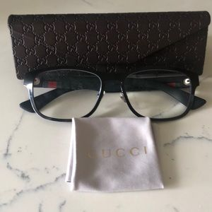 💯 % Authentic Gucci eye glasses GG01750